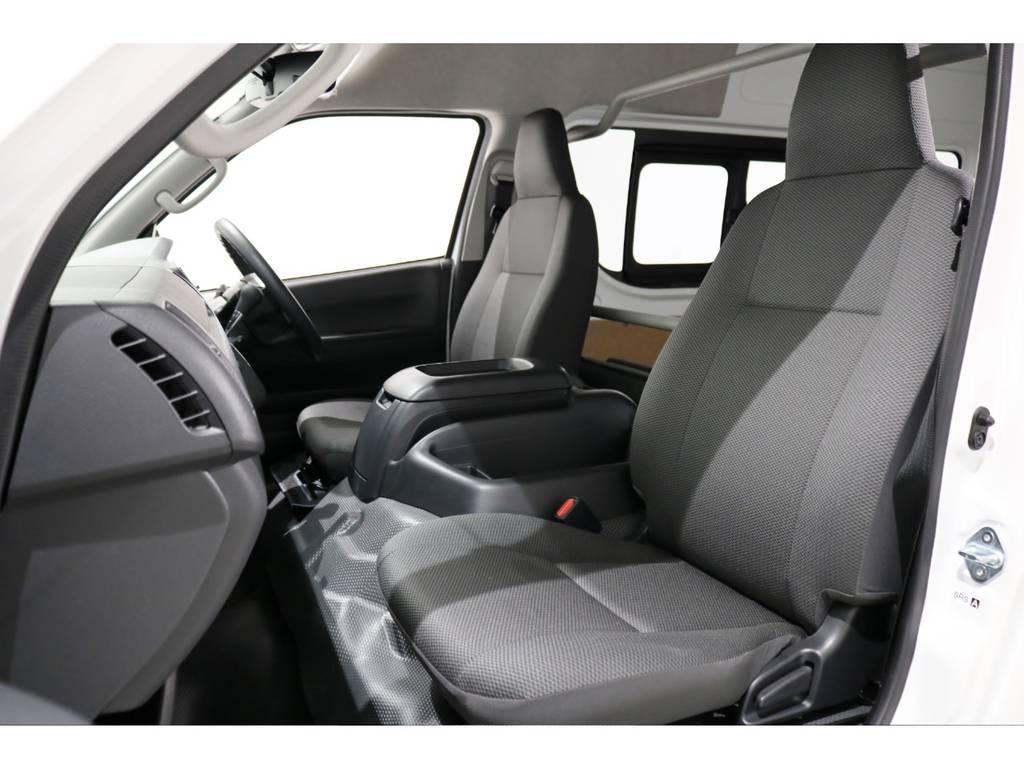 2(5)人乗りのDXーGLパッケージ! | トヨタ ハイエースバン 2.8 DX ワイド スーパーロング ハイルーフ GLパッケージ ディーゼルターボ 4WD TSS付