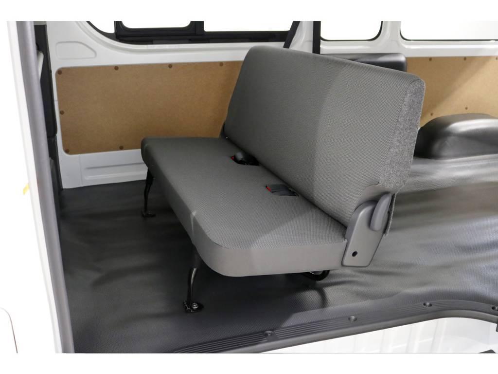 DXセカンドシート!スーパーGLセカンドシートにも変更可能です!詳しくはスタッフまで! | トヨタ ハイエースバン 2.8 DX ワイド スーパーロング ハイルーフ GLパッケージ ディーゼルターボ 4WD TSS付