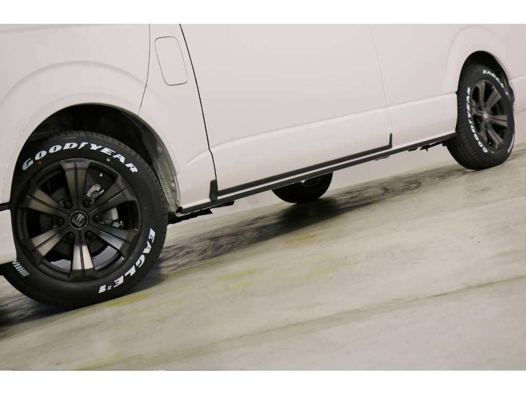 バルベロ アーバングランデ17インチアルミホイール(FLEX専用カラー)&ナスカータイヤ!ESSEXリーガルフェンダー! | トヨタ ハイエースバン 2.8 DX ワイド スーパーロング ハイルーフ GLパッケージ ディーゼルターボ 4WD TSS付