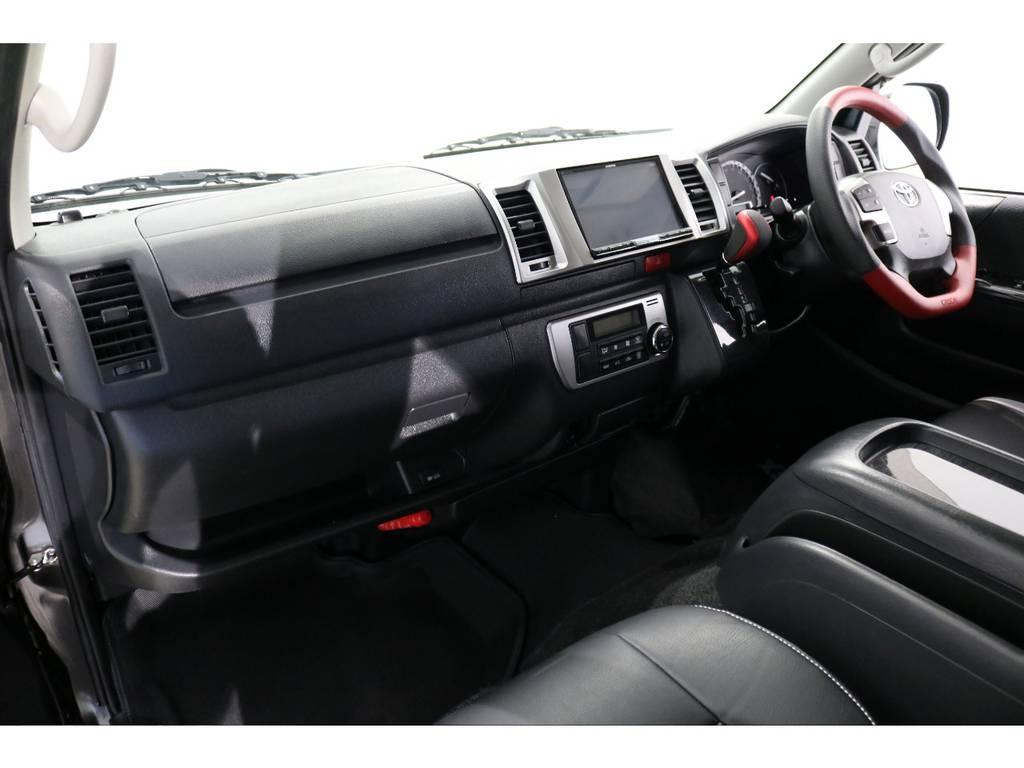 フロアマットは玄武コンフォートマットも装着されております! | トヨタ レジアスエース 3.0 スーパーGL ロングボディ ディーゼルターボ 4WD 4型前期モデル