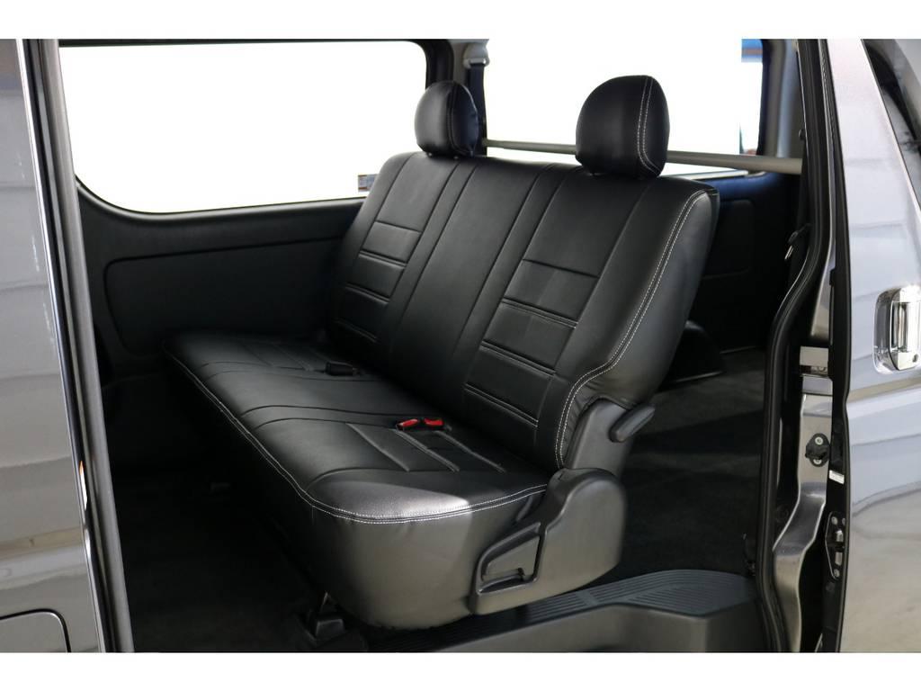 FLEXオリジナルブラックレザー調シートカバー! | トヨタ レジアスエース 3.0 スーパーGL ロングボディ ディーゼルターボ 4WD 4型前期モデル