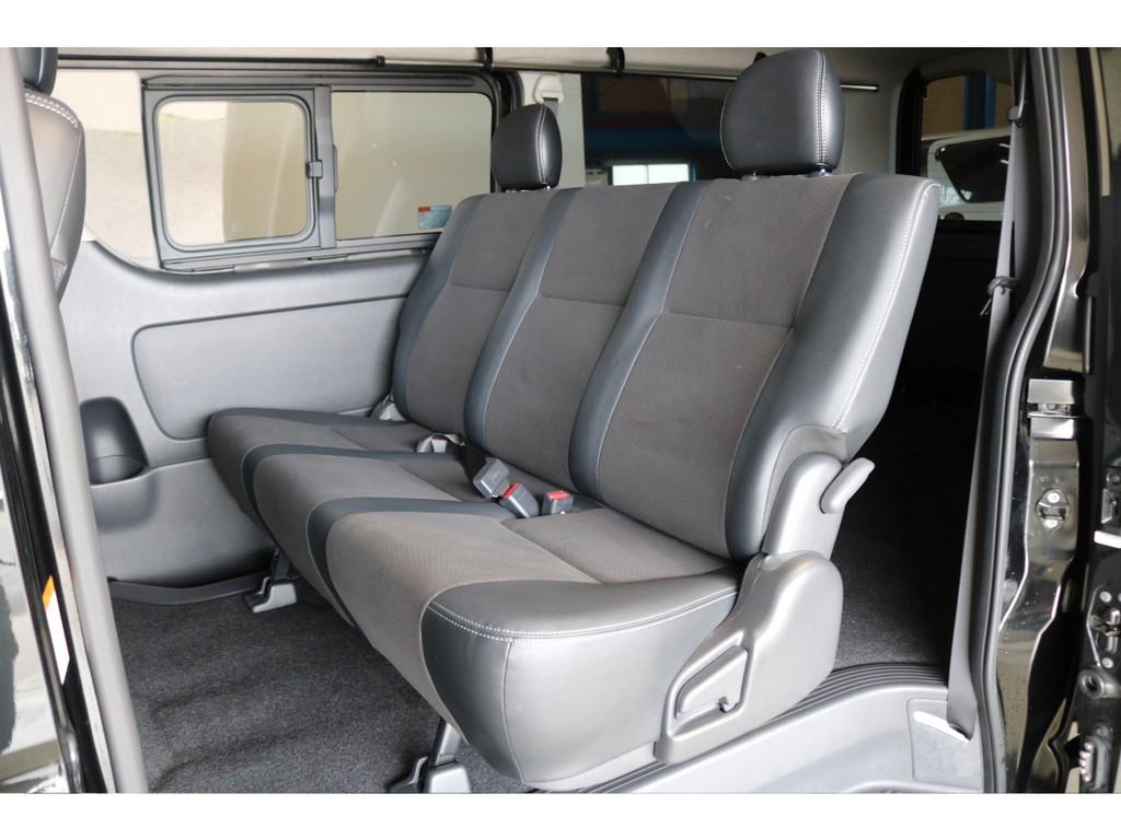 3人掛けセカンドシート!リクライニングの可能で御座います!