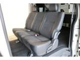 セカンドシートは3人掛けシート!DARKPRIME専用のトリコット+合成皮革&ダブルステッチ(ダークグレー)