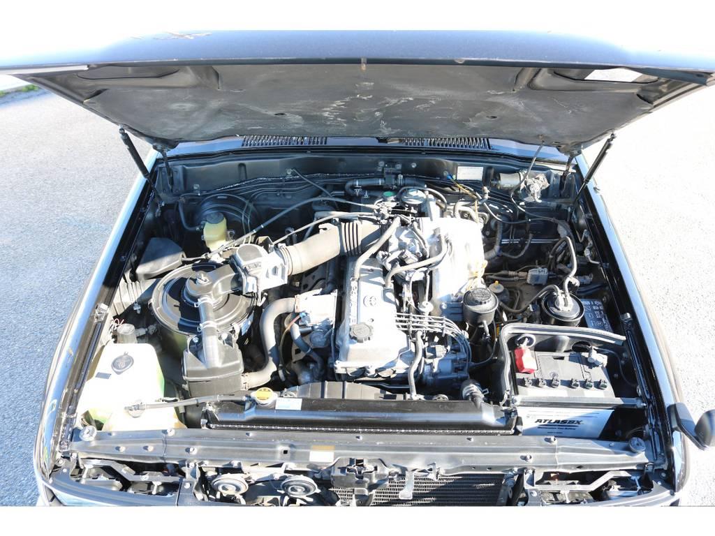 エンジンルームコンディションも良好です!   トヨタ ランドクルーザー80 4.5 VXリミテッド Gパッケージ 4WD 角目四灯 3インチUP