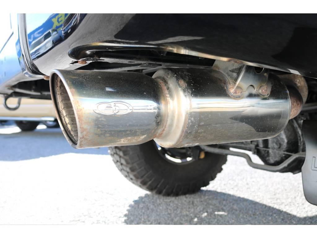 ガナドールシングルマフラー!!   トヨタ ランドクルーザー80 4.5 VXリミテッド Gパッケージ 4WD 角目四灯 3インチUP
