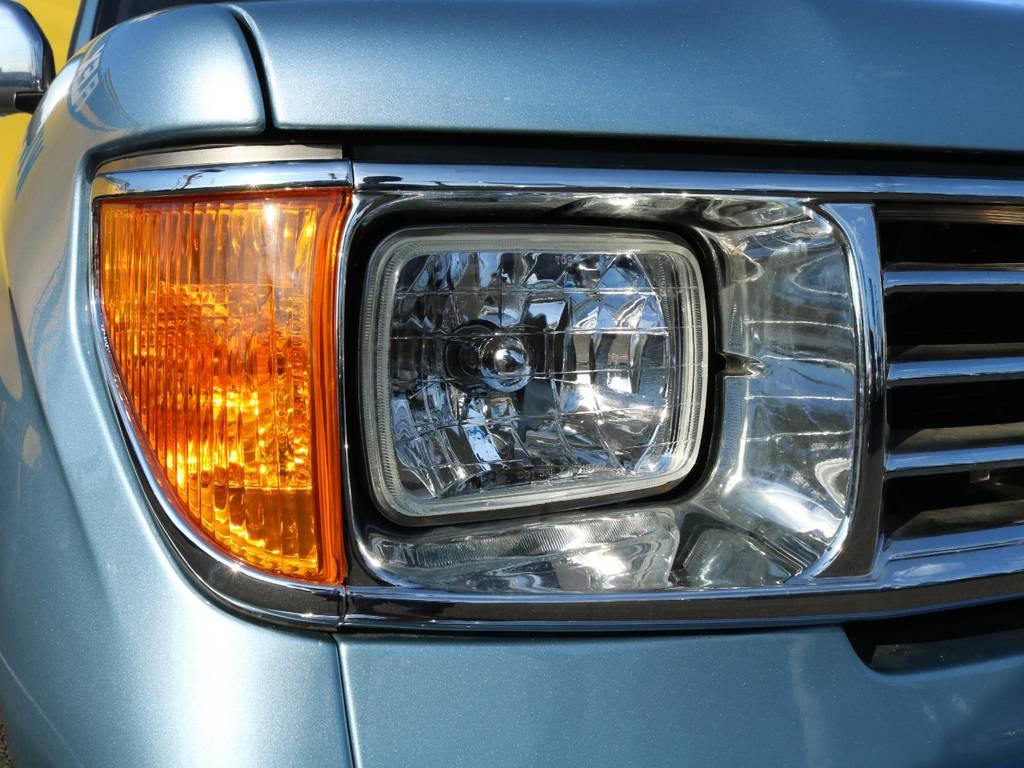 ヘッドライトも78プラド仕様に換装済み★ここだけ見たら誰も95プラドとは思いません!   トヨタ ランドクルーザープラド 3.0 TX ディーゼルターボ 4WD Renoca アメリカンクラシック