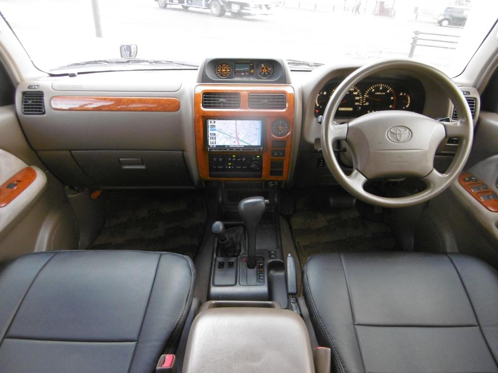 ランドクルーザープラド 3.0 TX リミテッド ディーゼルターボ 4WD