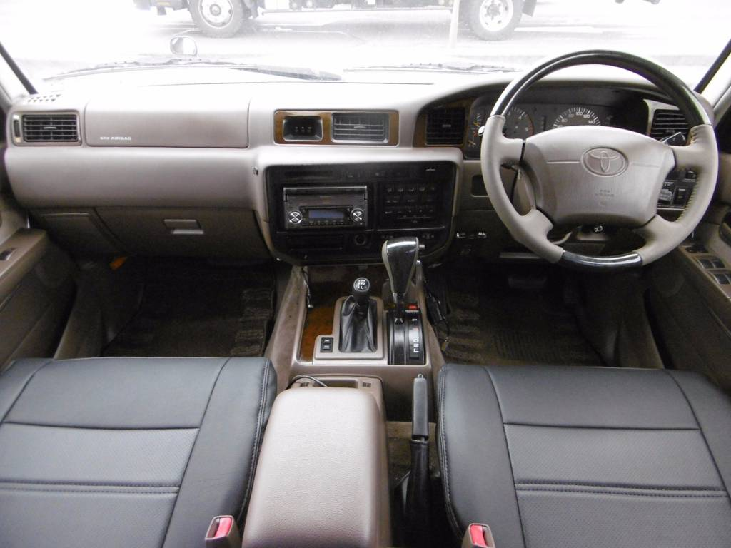 ランドクルーザー80 4.2 VX ディーゼルターボ 4WD