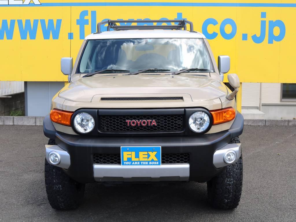 FLEXグループは「すべての人に愛車を」をコンセプトに車種別に全国展開中★愛車と一緒に、ライフスタイルを充実させてもらいたいという思いで、ランクル仙台泉店では皆様のご要望になんでもお応えします★ | トヨタ FJクルーザー 4.0 カラーパッケージ 4WD 新品17AW&KO2 ルーフレール