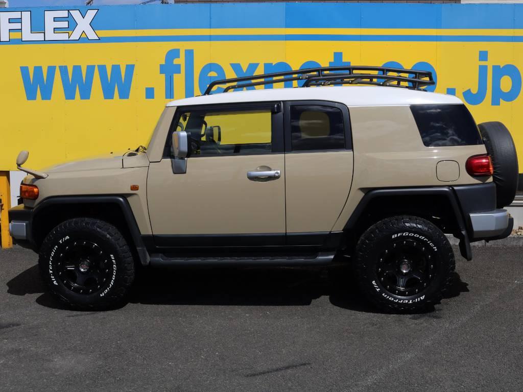当店の在庫車は全て車輌検査専門会社である第三者機関(株)AIS、日本自動車鑑定協会(JAAA)にて1台1台、必ず二重の車輌チェックを実施しております。修復歴有りの車、事故車の無断販売はいたしません。 | トヨタ FJクルーザー 4.0 カラーパッケージ 4WD 新品17AW&KO2 ルーフレール