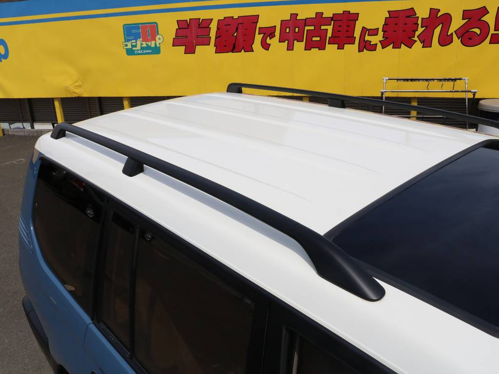 ルーフはホワイト塗装済み♪ルーフレールもございますので、キャリアなどの装着も可能です!少しでも気になった方はお気軽にお問合せ下さい♪ | トヨタ ランドクルーザープラド 3.0 TZ ディーゼルターボ 4WD NEWアルルブルー 丸目&ナロー