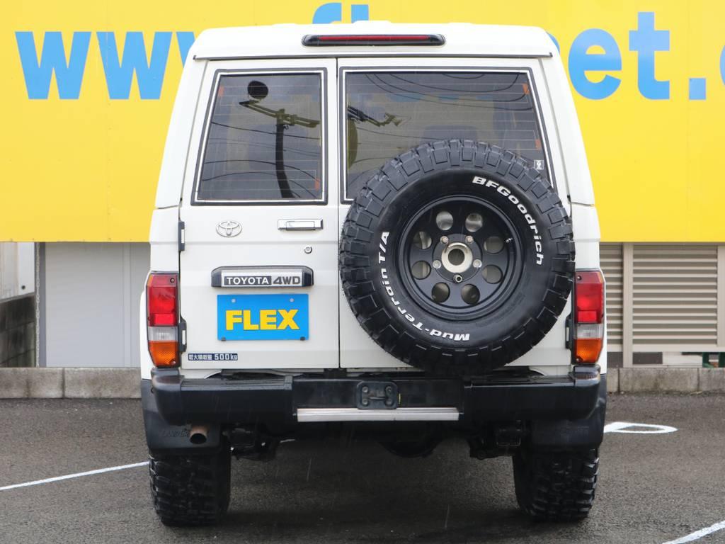 FLEXグループは「すべての人に愛車を」をコンセプトに車種別に全国展開中★愛車と一緒に、ライフスタイルを充実させてもらいたいという思いで、ランクル仙台泉店では皆様のご要望になんでもお応えします★   トヨタ ランドクルーザー70 4.2 ZX FRPトップ ディーゼル 4WD ジムライン16AW グッドリッチKM2