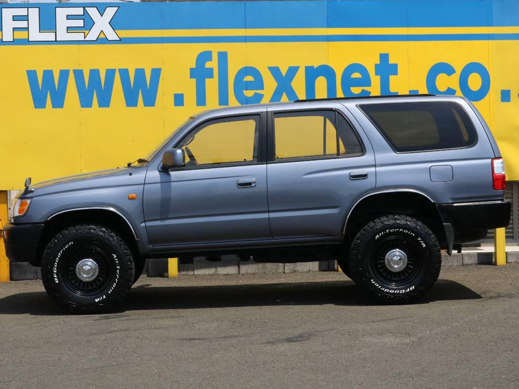 FLEXグループは「すべての人に愛車を」をコンセプトに車種別に全国展開中★愛車と一緒に、ライフスタイルを充実させてもらいたいという思いで、ランクル仙台泉店では皆様のご要望になんでもお応えします★ | トヨタ ハイラックスサーフ 2.7 SSR-X ワイドボディ 4WD ナロー DEAN16AW&KO2 2UP