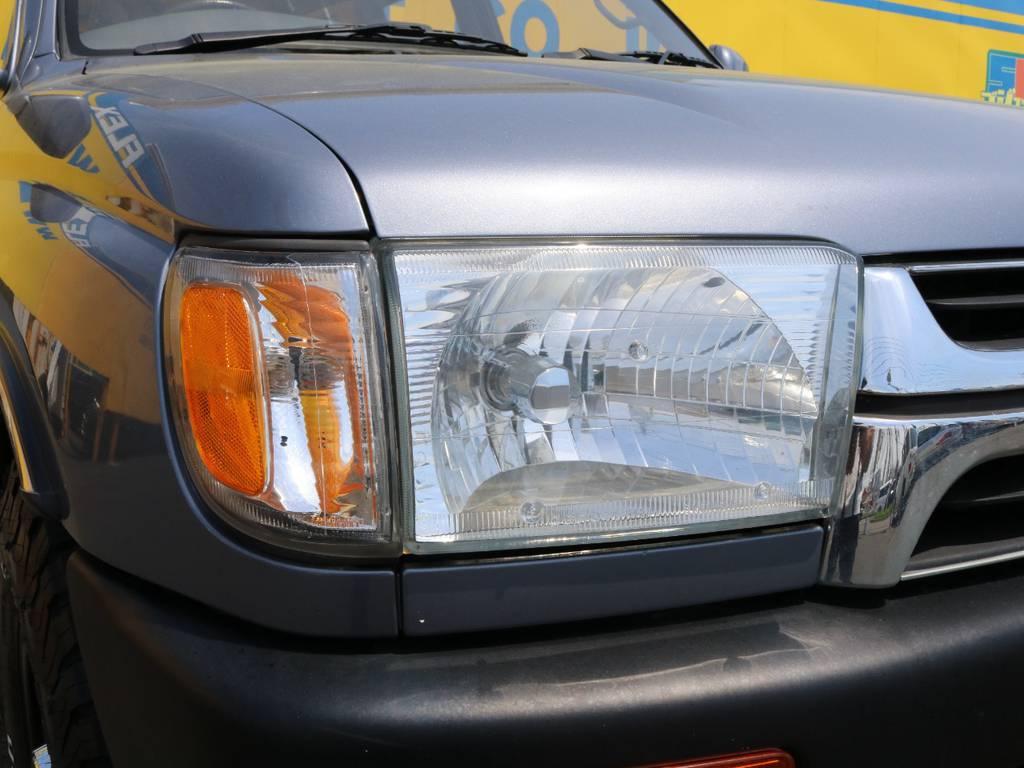 クリスタルヘッドライト・USコーナーレンズに換装済み♪コンディションも良好♪バルブ換装等も承りますのでお気軽にお問合せ下さい♪ | トヨタ ハイラックスサーフ 2.7 SSR-X ワイドボディ 4WD ナロー DEAN16AW&KO2 2UP