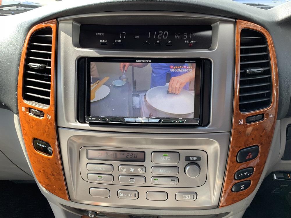 | トヨタ ランドクルーザー100 4.7 VXリミテッド 4WD 中期5速AT マルチレス リフトアップ