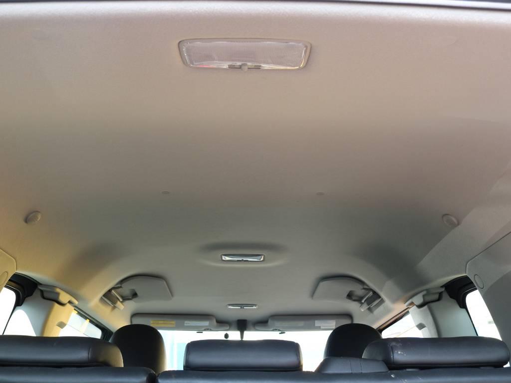 天張りも目立つ汚れなど無くグッドコンディションです♪ | トヨタ FJクルーザー 4.0 オフロードパッケージ 4WD MGヴァンパイア17AW KO2 2UP