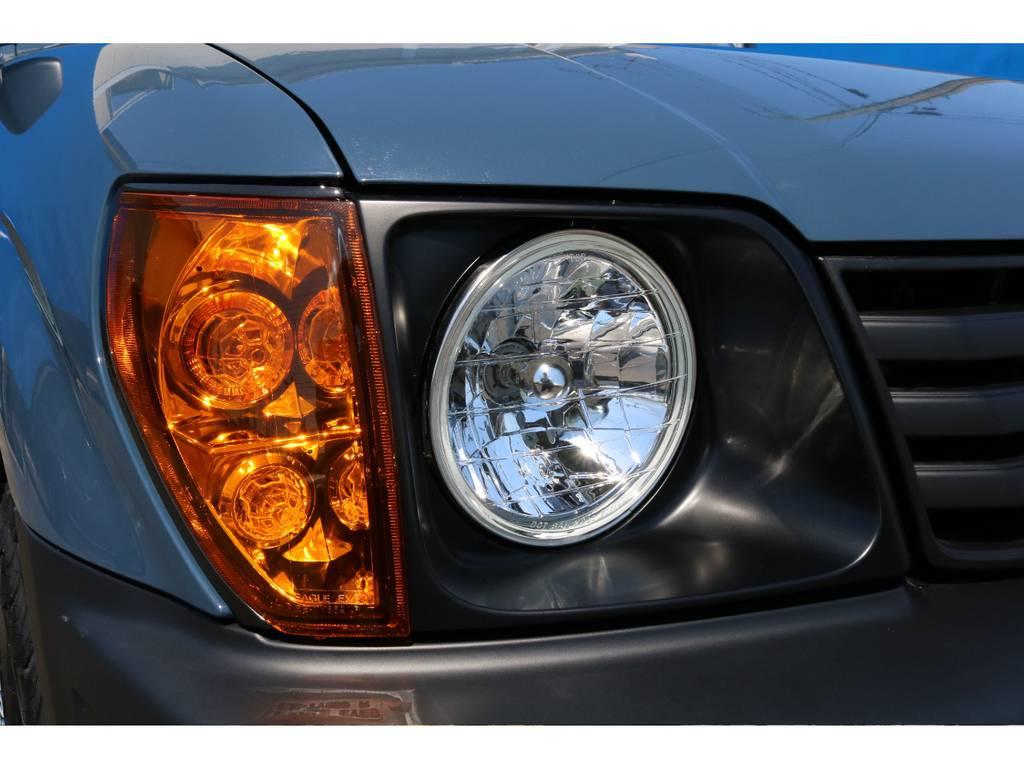 こちら希少アイテムです!!クリスタルオレンジコーナーレンズが良いアクセントになってます★クリスタルヘッドライトも新品でご用意しました♪ | トヨタ ランドクルーザープラド 2.7 TX 4WD NEWアルルブルー 丸目&ナローボディー