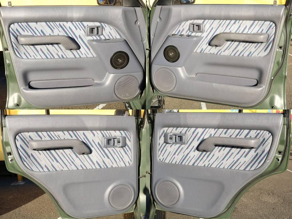 内張り★内張りもグッドコンディションです★ | トヨタ ランドクルーザープラド 3.0 TX ディーゼルターボ 4WD アーミーグリーン 丸目&ナロー換装