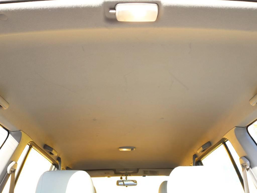 天張りも大きな汚れ等なくグッドコンディションです★ | トヨタ ランドクルーザープラド 3.0 TX ディーゼルターボ 4WD アーミーグリーン 丸目&ナロー換装