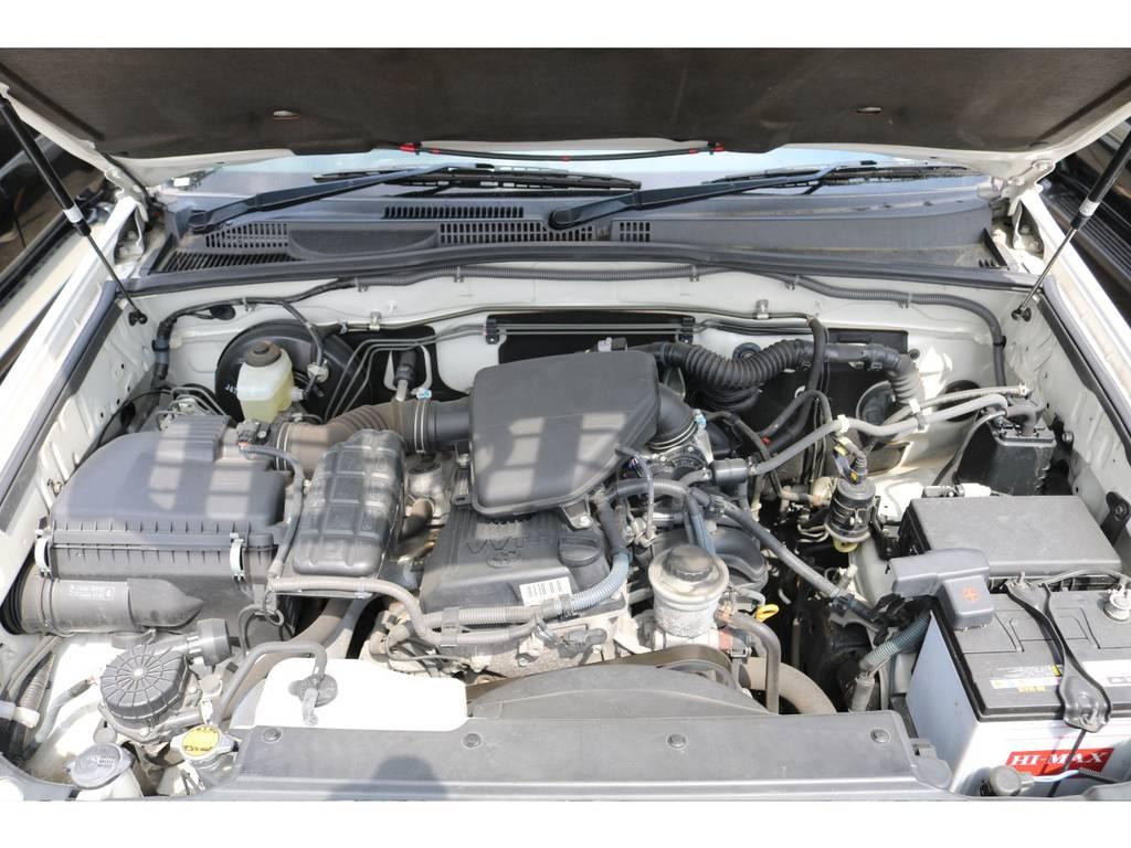 タイミングベルト交換不要(チェーン式)な2700ccモデルですのでメンテナンスもラクラク&低燃費で経済的なエンジンです★