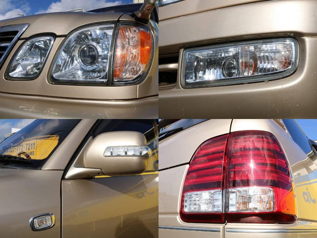 レンズ類もグッドコンディション★丁寧に手入れされていた証です♪ | トヨタ ランドクルーザーシグナス 4.7 4WD マルチレス フルエアロ 23インチAW