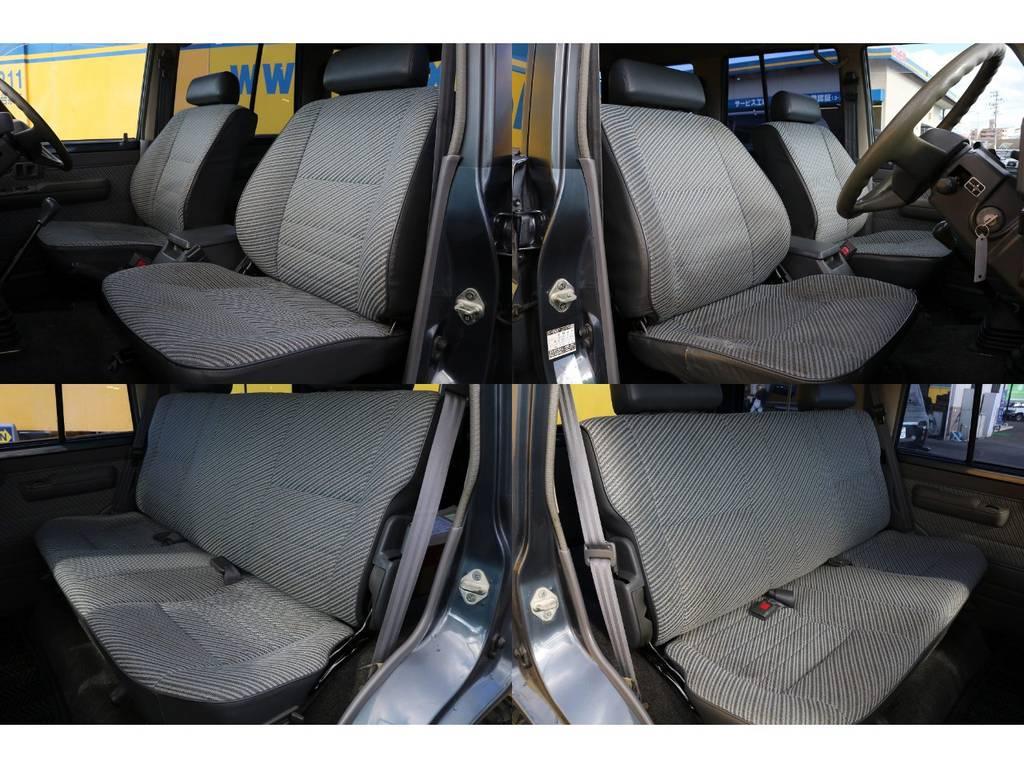 若干の使用感はございますが破れも無くコンディションは良好な状態です!!   トヨタ ランドクルーザー70 3.5 LX ディーゼル 4WD ナロー 5MT 76フェイス 輸出用SW