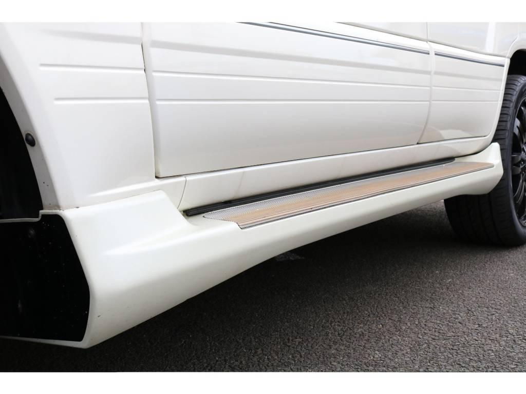 消耗品、内外装部品を除く機能部品をすべて保証いたします。保証期間は1年ごとの自動更新で実質無制限!保証上限額ごとに3つのプランをご用意しており、無料プランもございます。詳しくはお問い合わせ下さい☆ | トヨタ ランドクルーザー100 4.7 VXリミテッド 4WD マルチレス フルエアロ 22インチAW