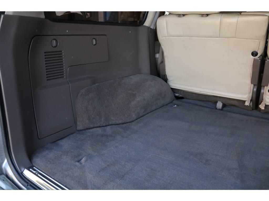 内装パネルやカーペットも綺麗な状態を保っております!!