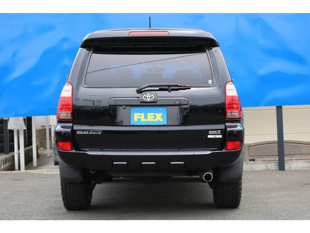 駆動方式はスムーズで軽快な走りの2WD、雪道や悪路走破性能が高い4WD、をワンタッチで切り替え可能なパートタイム4WDとなります!フルタイム4WD車と比べ低燃費です♪ | トヨタ ハイラックスサーフ 2.7 SSR-X 4WD MGモンスター17AW&KO2 2UP