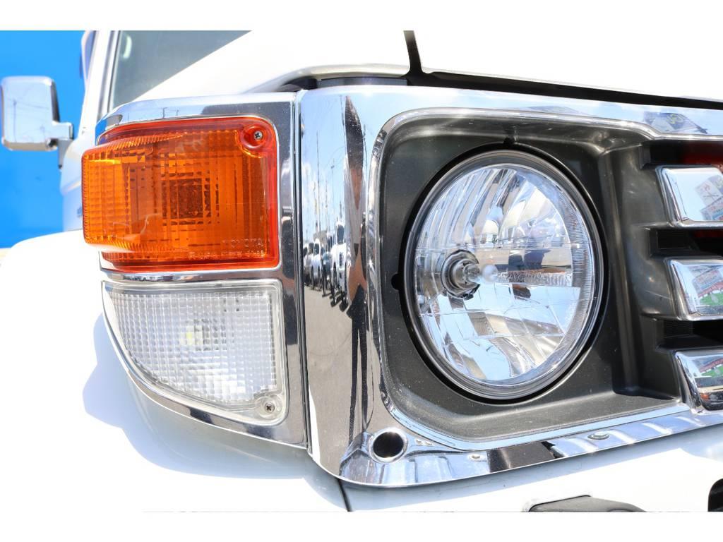 新品RAYBRIGクリスタルヘッドライトでよりスッキリした印象になりました★グリル&コーナーのメッキのコンディションもとても良いですよ♪
