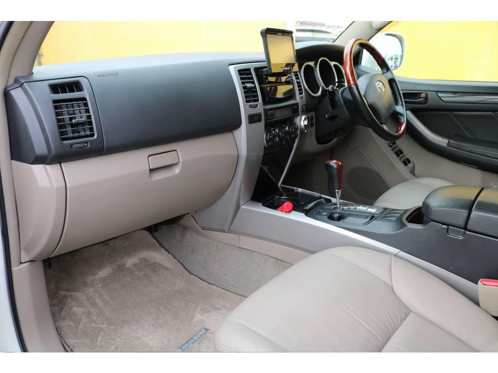 消耗品、内外装部品を除く機能部品をすべて保証いたします。保証期間は1年ごとの自動更新で実質無制限!保証上限額ごとに3つのプランをご用意しており、無料プランもございます。詳しくはお問い合わせ下さい。 | トヨタ ハイラックスサーフ 2.7 SSR-G 4WD MGヴァンパイア17AW&KO2 2UP