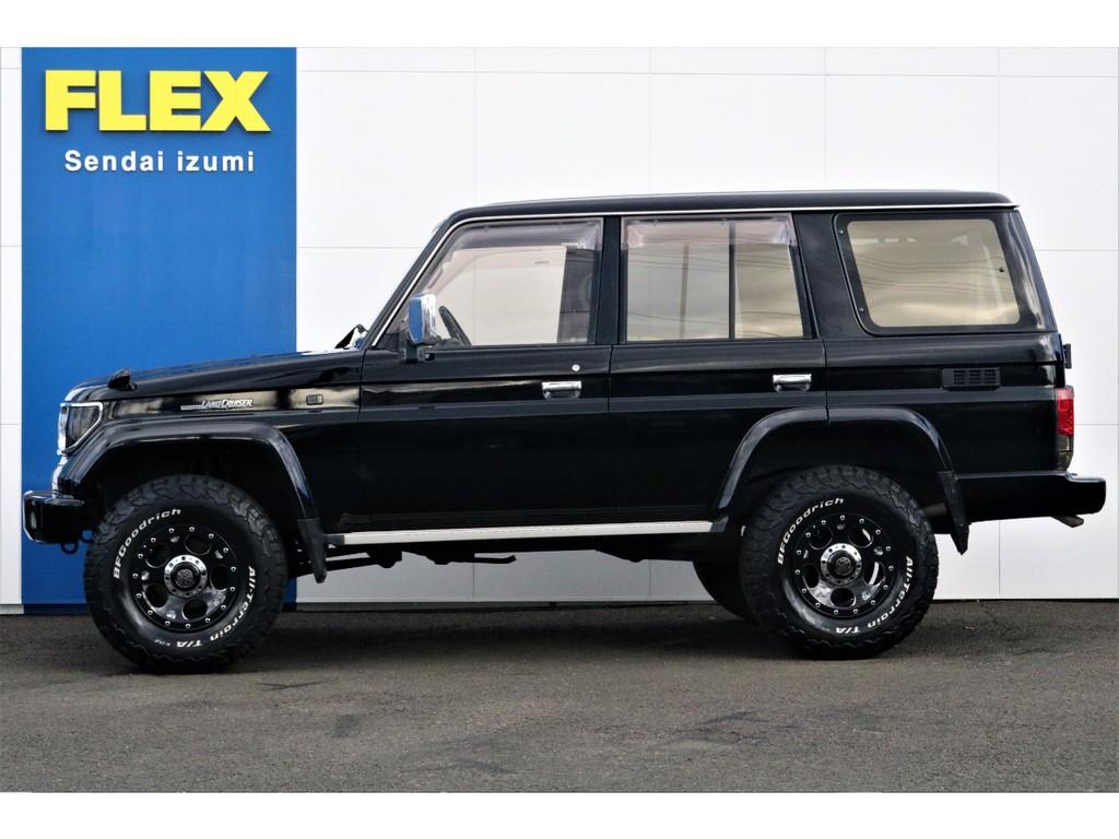 当店の在庫車は全て車輌検査専門会社である第三者機関(株)AIS、日本自動車鑑定協会(JAAA)にて1台1台、必ず二重の車輌チェックを実施しております。修復歴有りの車の無断販売はいたしません。