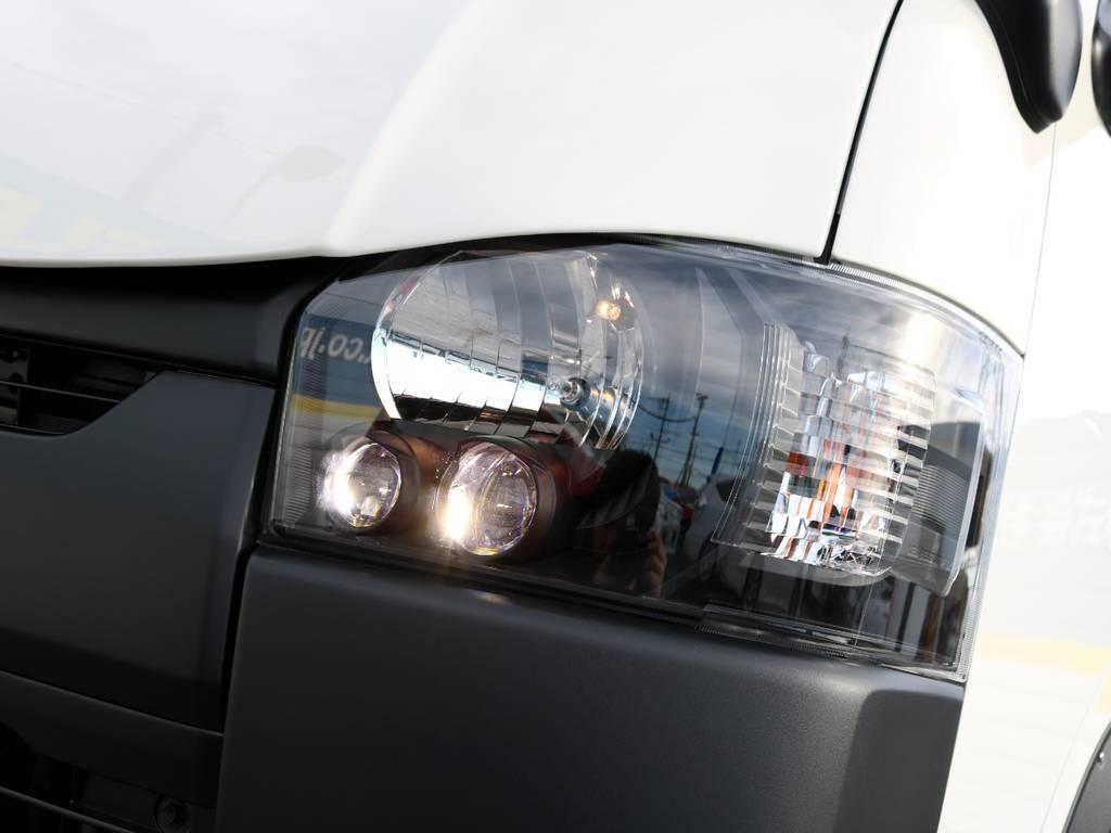 メーカーオプションLEDヘッドライト!インナーブラック加工済み♪ | トヨタ ハイエースバン 2.0 DX ロング 5MT スポーツカスタムパッケージ