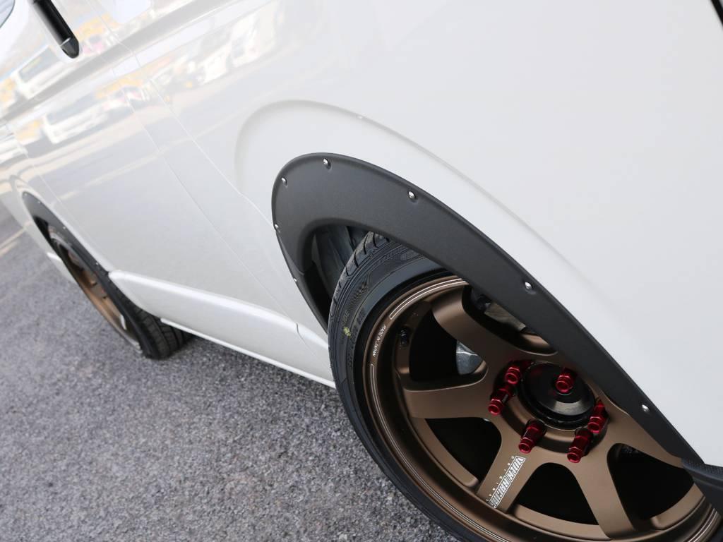 エセックス オーバーフェンダー! | トヨタ ハイエースバン 2.0 DX ロング 5MT スポーツカスタムパッケージ