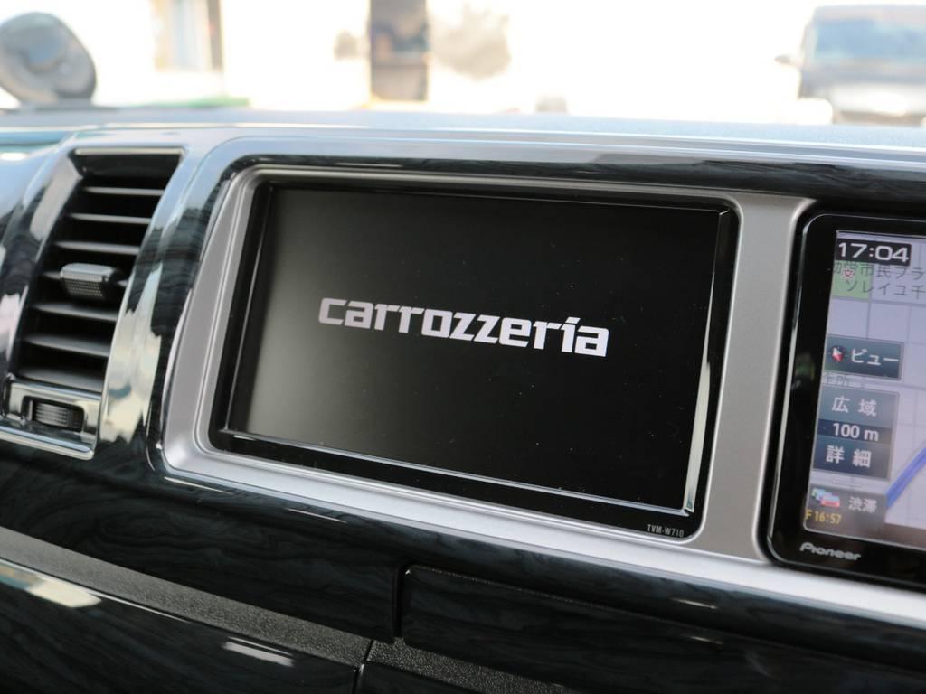 ナビの隣にはカロッツェリア製サブモニターを完備♪ | トヨタ ハイエース 2.7 GL ロング ミドルルーフ 4WD TSSP付 スタンダードパッケージ