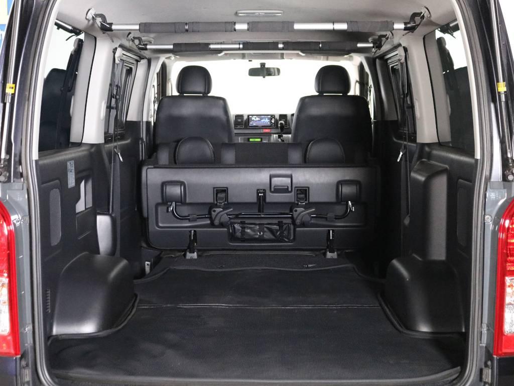 床張り施工やベッドキットの取付など、追加カスタムもお任せ下さい! | トヨタ ハイエースバン 2.0 スーパーGL ダークプライム ロングボディ 内外装ライトカスタム