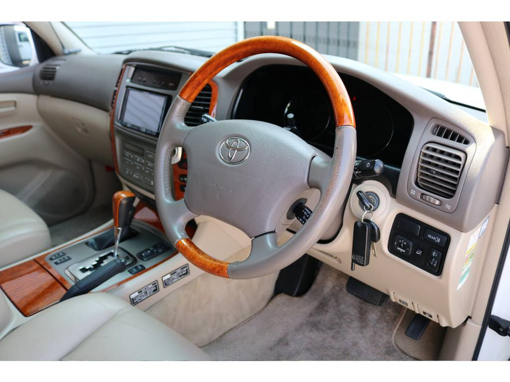 ウッドステアリング☆ | トヨタ ランドクルーザー100 4.7 VXリミテッド Gセレクション 4WD 最終型 本革シート マルチレス