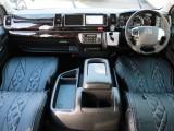 内外装カスタム済みの特別架装車、ファインテックツアラーが入庫致しました!