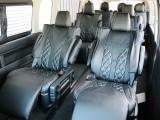 オットマン付きキャプテンシートを4脚装備した特別架装車【ファインテックツアラー】!