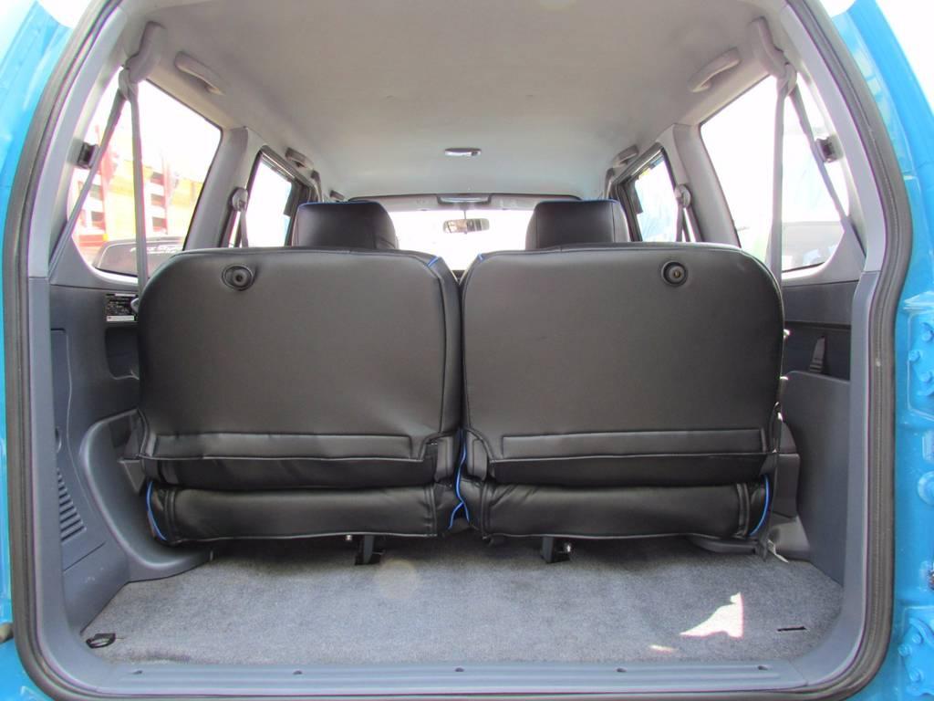 3列目までシートカバーが付いております! | トヨタ ランドクルーザープラド 3.0 TX ディーゼルターボ 4WD COLORBOMB