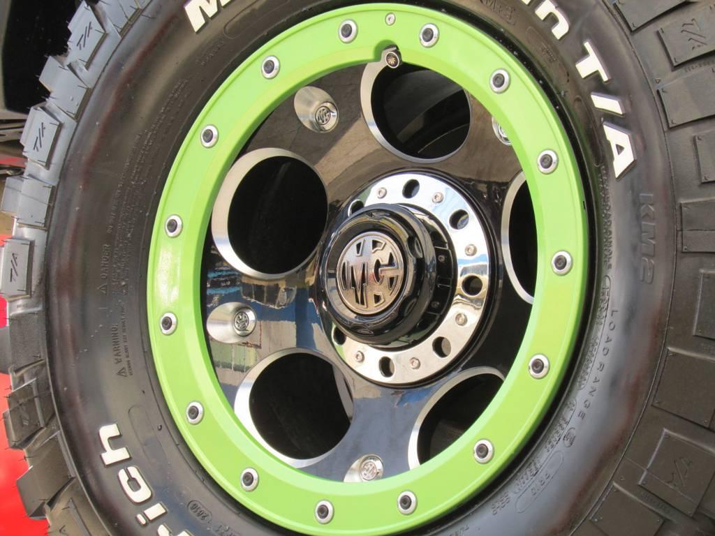 ストリートロックの部分を同色ペイント! | トヨタ ランドクルーザープラド 3.0 TZ ディーゼルターボ 4WD COLORBOMB