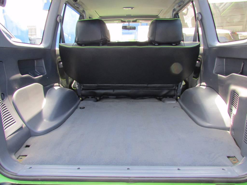 荷台も広々で使い勝手のいい一台! | トヨタ ランドクルーザープラド 3.0 TZ ディーゼルターボ 4WD COLORBOMB