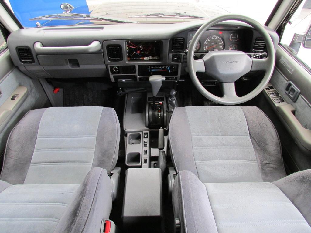 ランドクルーザープラド 3.0 SX ディーゼルターボ 4WD