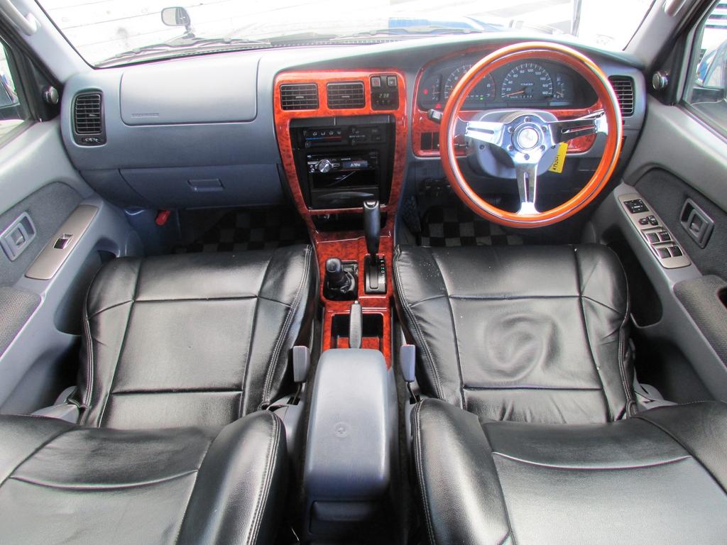 ハイラックスサーフ 2.7 SSR-V ワイドボディ 4WD