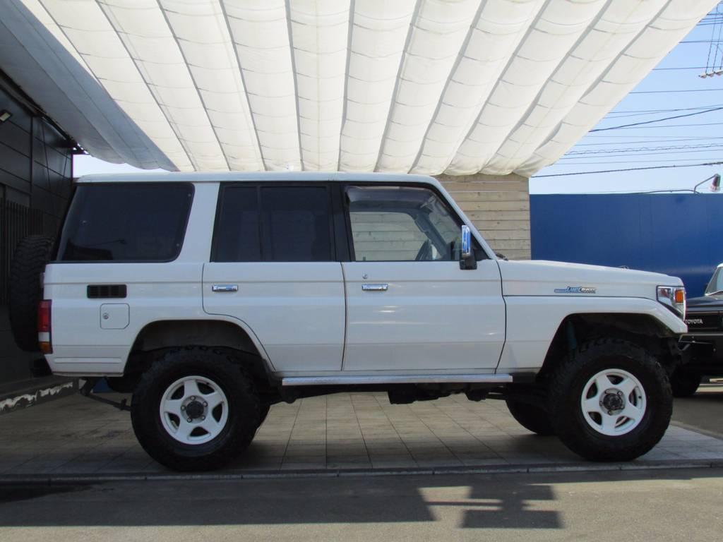 ランドクルーザー70 4.2 LX ディーゼル 4WD
