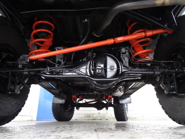 下廻りは高圧洗浄後パスター塗装仕上げ! | トヨタ ランドクルーザー80 4.5 VXリミテッド 4WD