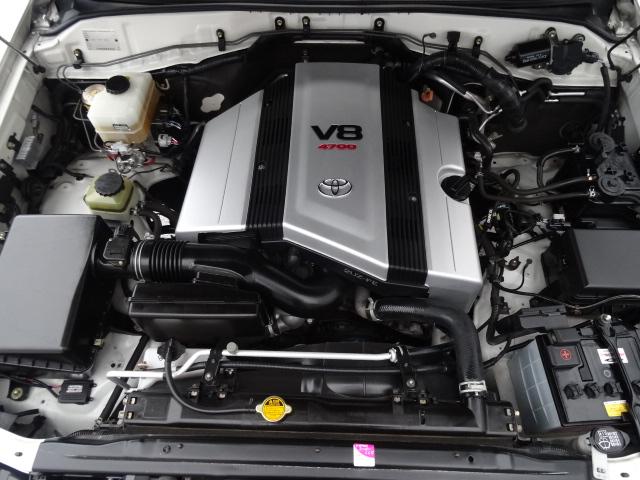 4700ccのV8エンジン!パワフルな走りをご堪能下さい!   トヨタ ランドクルーザー100 4.7 VXリミテッド 4WD