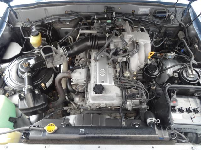エンジンルームもGOODコンディション! | トヨタ ランドクルーザー80 4.5 VXリミテッド 4WD