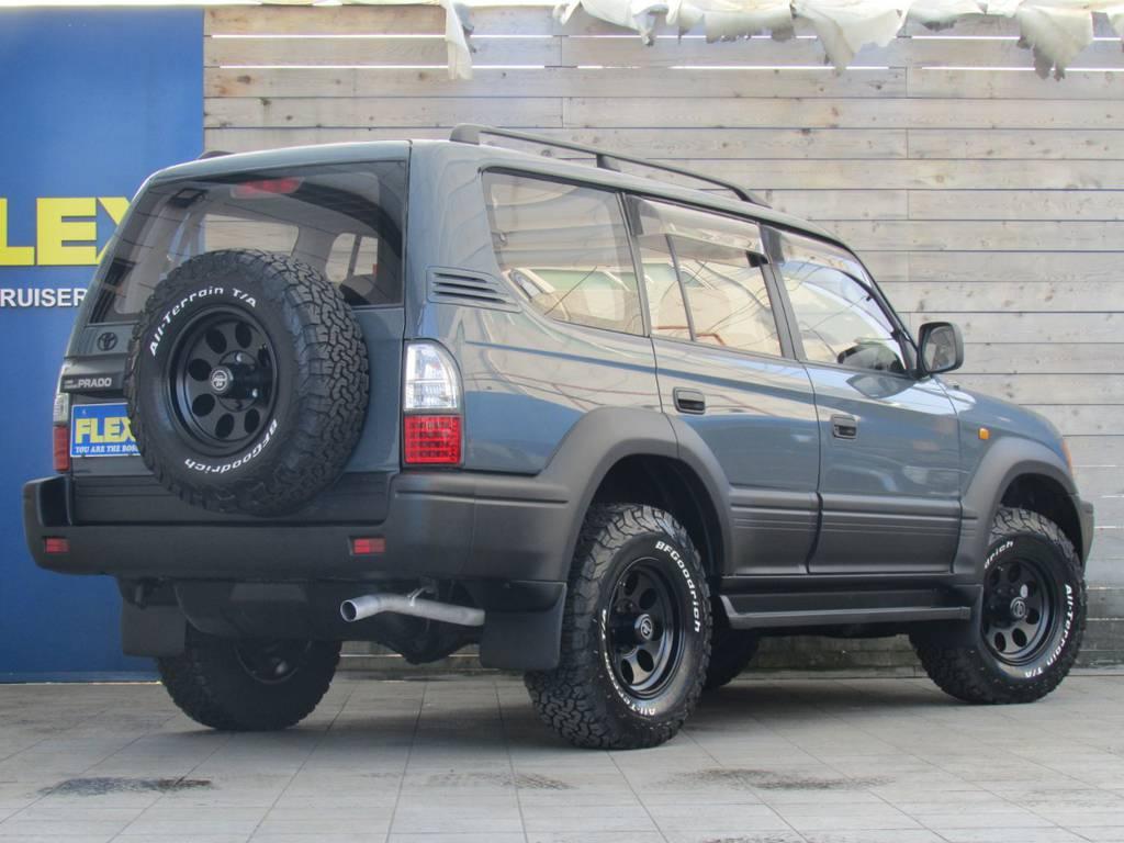 背面タイヤも足元と統一しておりますのでスペアタイヤとしてもご利用なれます! | トヨタ ランドクルーザープラド 2.7 TX 4WD カスタム車