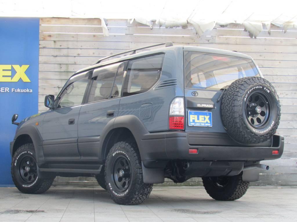リアビューもカッコ良く仕上がっております! | トヨタ ランドクルーザープラド 2.7 TX 4WD カスタム車